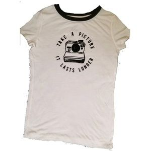 The Print Shop XS Take a Picture.. graphic tee